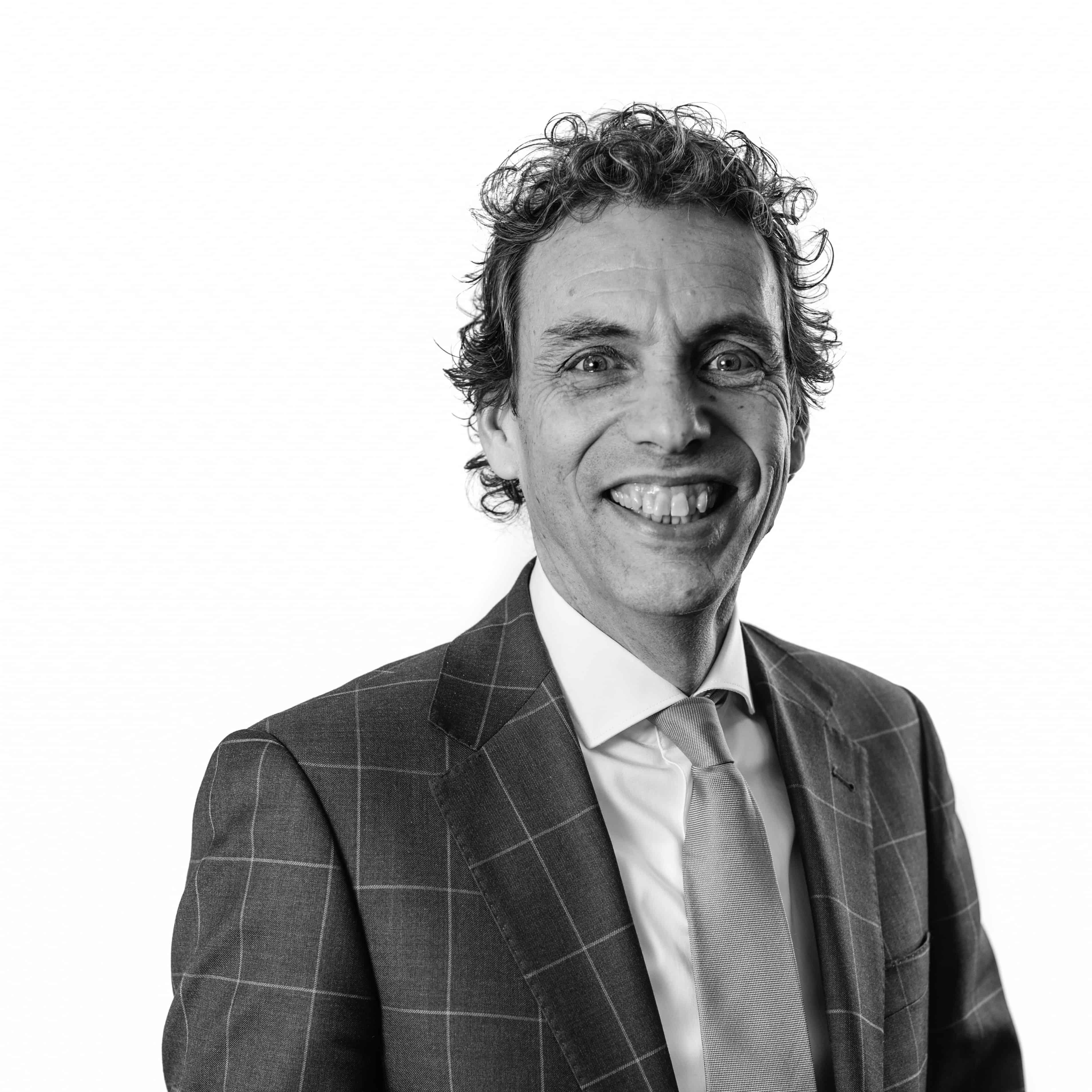 drs. Ernest Oosterwijk RB